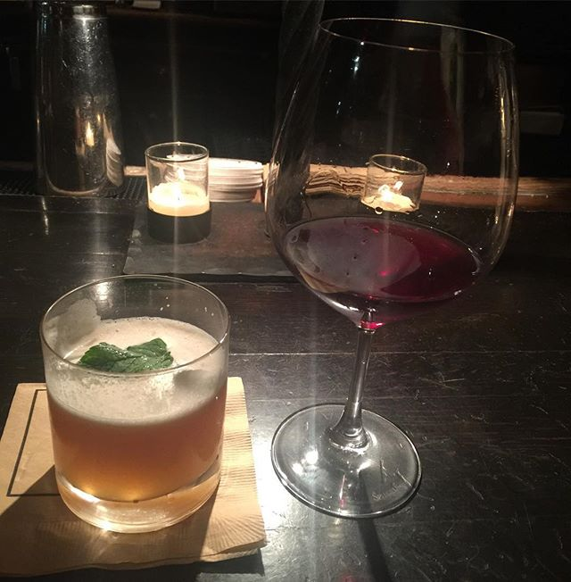 When a perfectionist of a #bartender conjures up a delectable #cocktail that a) tailors to your#health issues & b) makes you want to break your 1 #drink limit you know its a great start to an #evening you've been looking forward to for a long time. #leisuresuit #gramercytavern #danymeyer #nyc #newyorkcity #weekened