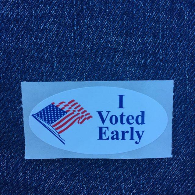 Hear me #vote ! @mayorsteveadler @betoorourke @donnahowardhd48 #democrat #bluewave #turntexasblue #texas #voteearly #austin #texas #austintexas #atx #medialife #saturday #weekend #voting #beto #betoorourke #donnahoward #mikesiegelforcongress